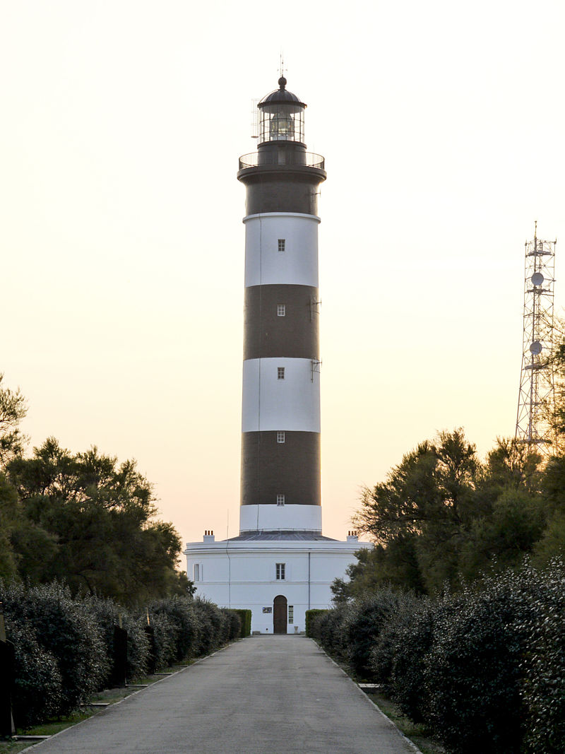 Chassiron lighthouse02.jpg