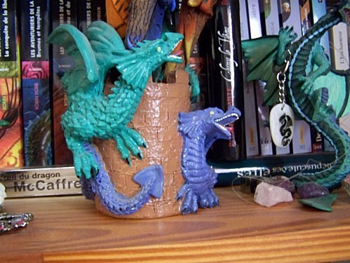 pot a crayons dragons 3