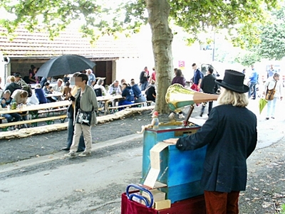 Vide-grenier à Azerat