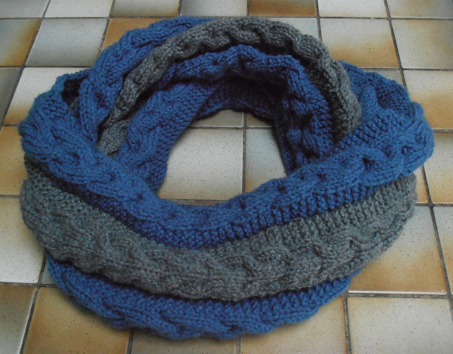 tricoter un snood bicolore