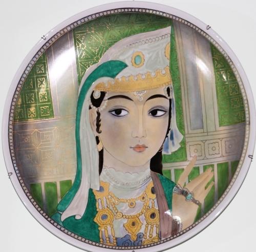 Le musée des arts appliqués de Tashkent : calottes, colliers, manteaux et autres jolis objets
