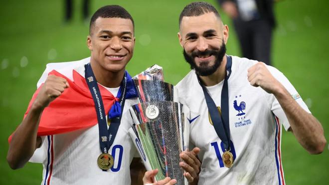 """Mbappe & Benzema """"song kiếm hợp bích"""" ở ĐT Pháp khiến PSG lo sốt vó - 3"""