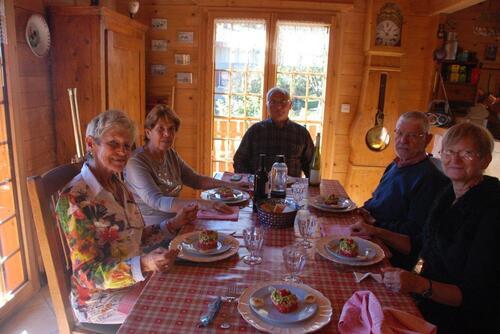 Repas entre amis montagnards