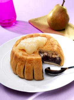 Charlotte poire, chocolat noir et coco