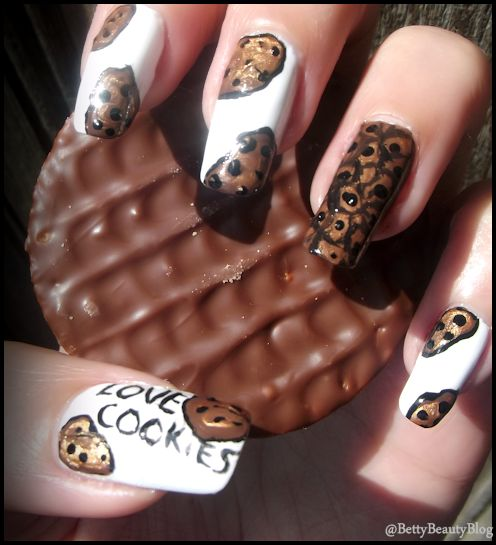 Nailstorming food nails