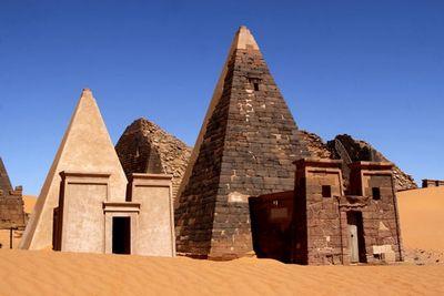 Pyramides pharaons Noirs Soudan