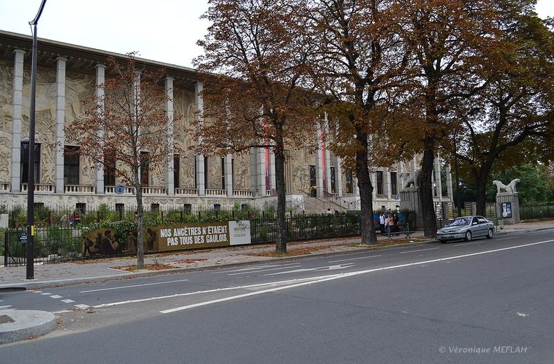 Palais de la Porte Dorée et l'Aquarium Tropical