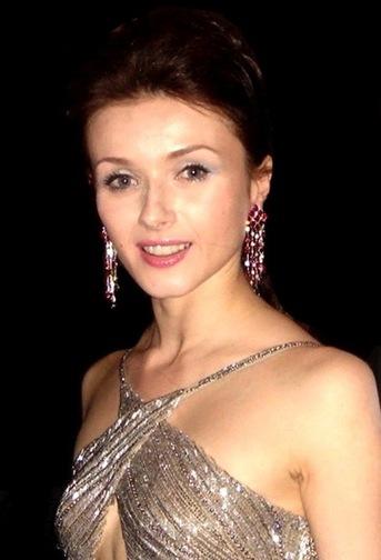 11/02/2012 - Irina Dvorovenko