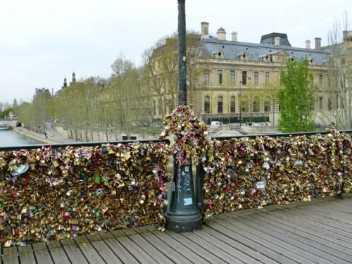 cadenas pont des arts réverbère