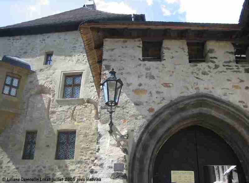 Bečov nad Teplou - Kynžvart  -   Loket   -  Pernštejn