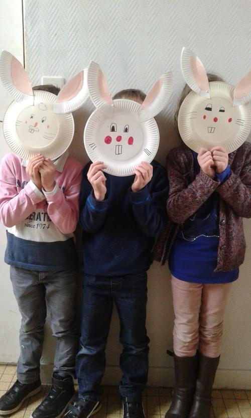 """Des masques """"lapins"""""""