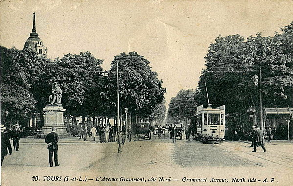 800px-Tramway Tours Avenue Grammont 1912