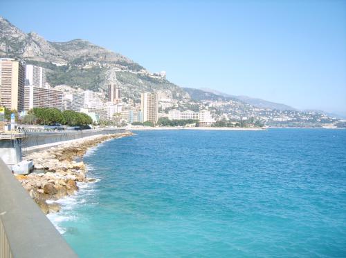 Monaco 28* à L'Ombre - Elantra -