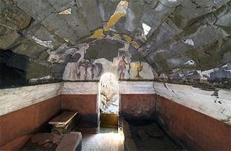 Une tombe peinte découverte en Italie ...
