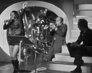 18 mai 1971 / LES ETOILES DE LA CHANSON