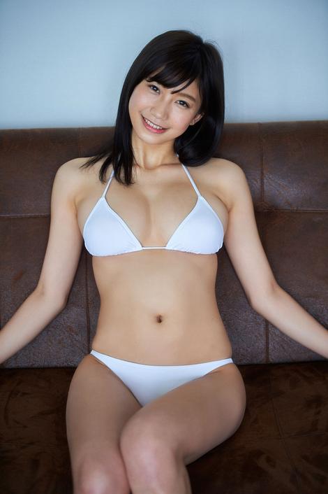 WEB Gravure : ( [ヤンマガデジタル写真集/Younmaga digital photograph collection] - Yuka Ogura/小倉優香 : 「ぐらちゃん、ブレイク前」 )