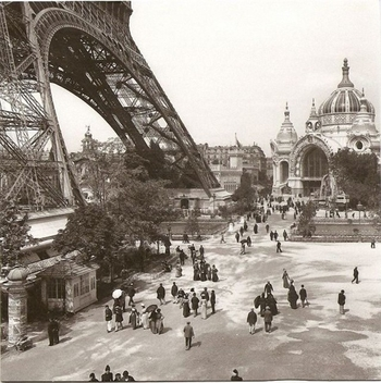Tour-Eiffel-World-Expo-1900-640x644