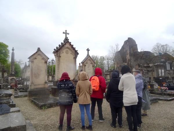 Visite du cimetière Saint-Vorles avec Dominique Masson