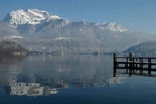 Bonjour.... Annecy entre lac et montagne