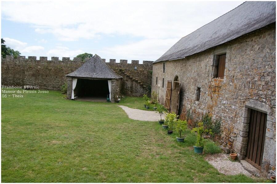 Château de Plessis Josso à Theix  - 56 -