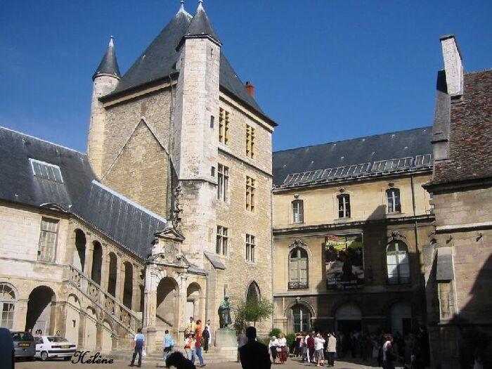 Palais des Ducs de Bourgogne Dijon