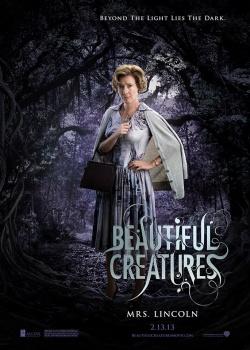 Sublimes Créatures - 16 lunes  : affiche personnage :  Mrs. Lincoln