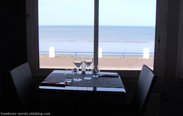 Hôtel Restaurant L'EMPREINTE à Tharon