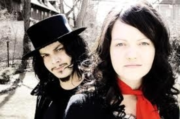 article nath White Stripes
