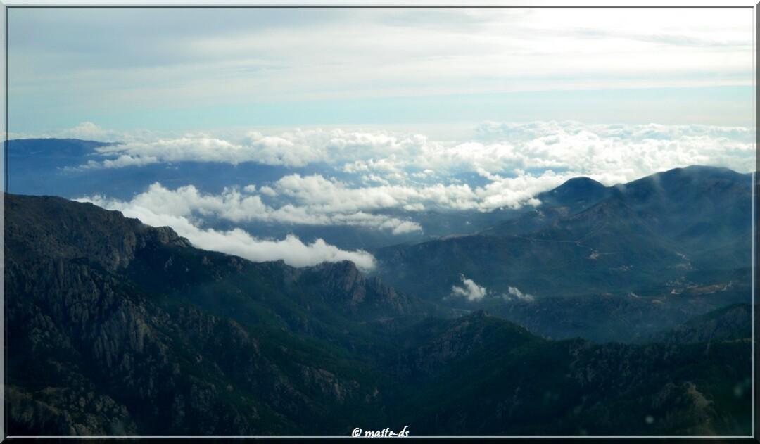 Dans les nuages lors du survol de la Corse 19-09-2015