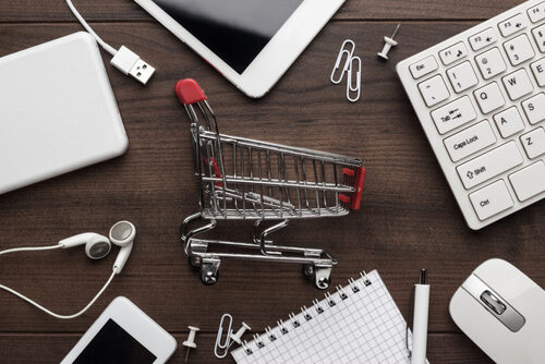 Online Shopping - The Answer to One's Clothing and Jewelry Needs
