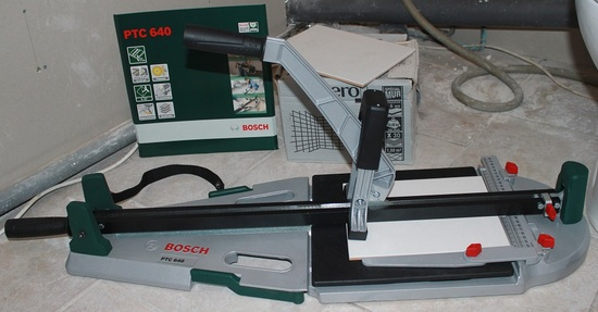 "Carrelette BOSCH PTC 640 ""Outillages"""