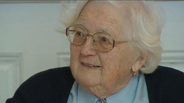 Colette Bourlier passe sa thèse à l'âge de 91 ans © France 3 Franche-Comté : Fabienne Le Moing