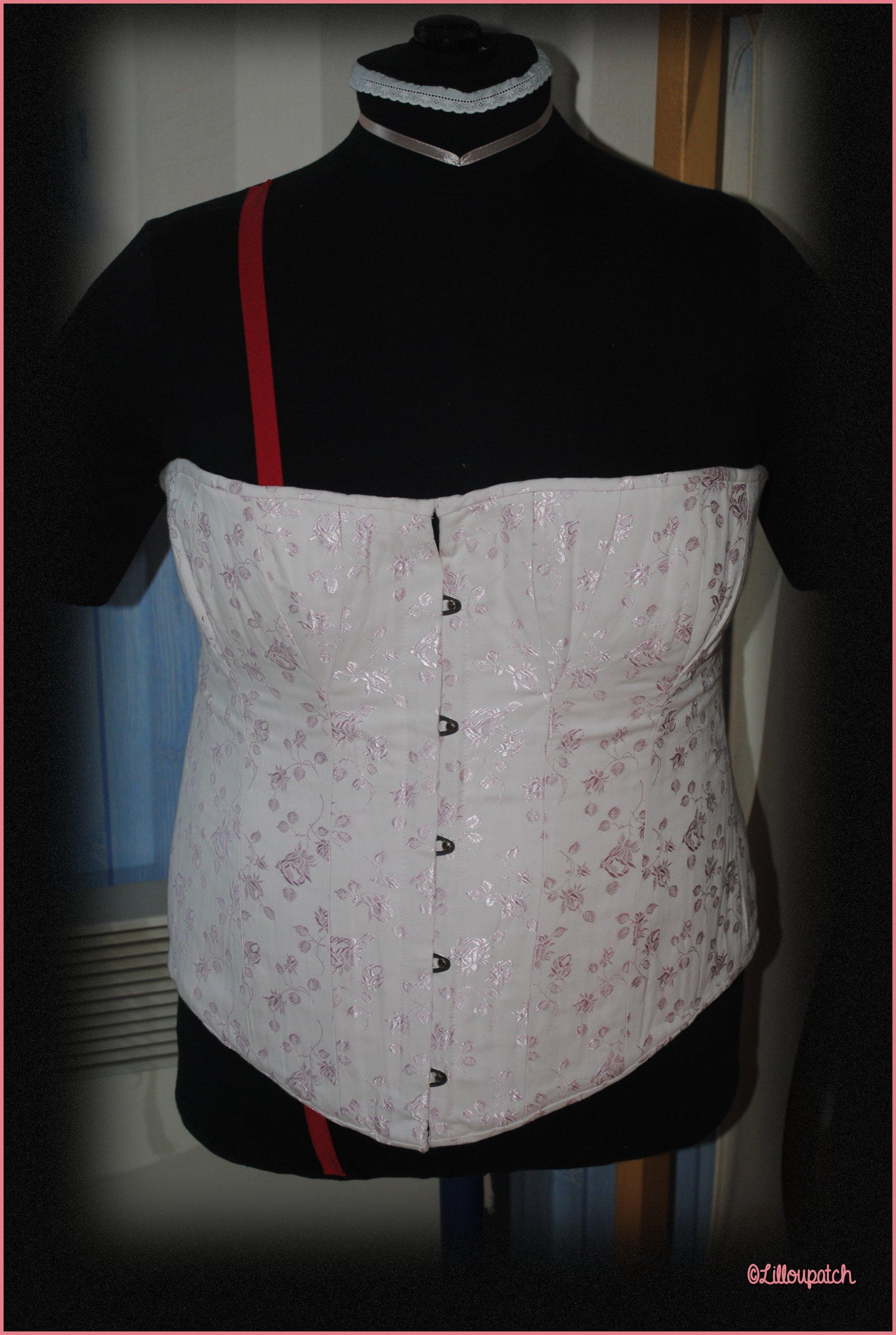 corset 1 de face