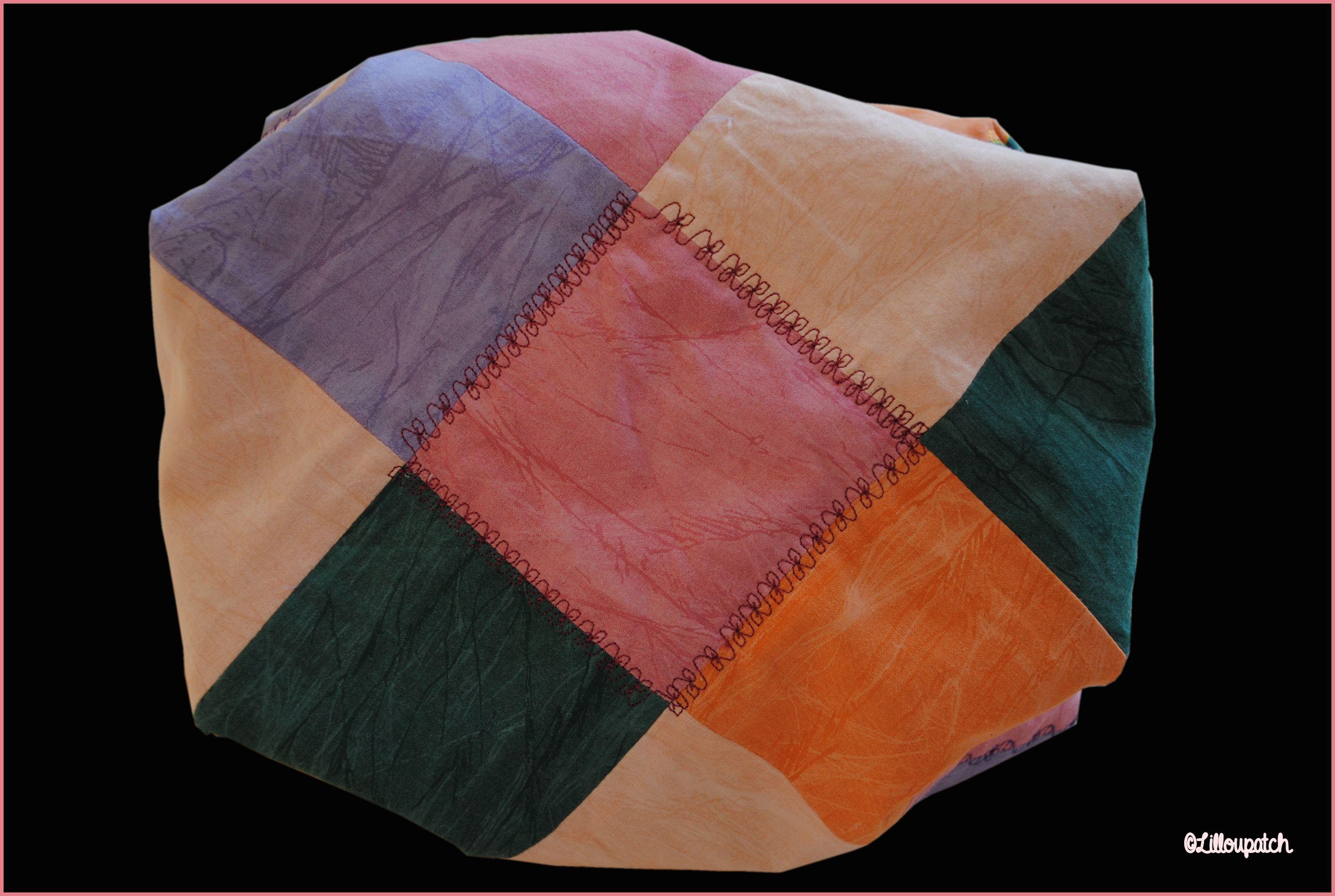 Sac 22 carrés patchwork broderies