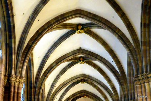 Strasbourg: l'intérieur de la cathédrale … n2
