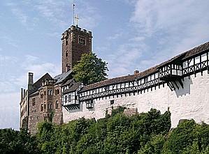 800px-Wartburg von Brucke