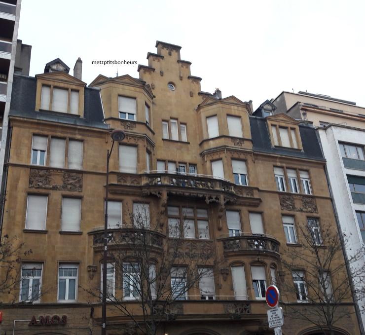 Des façades encore et encore...