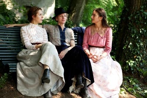 07 - Trois soeurs au cinéma