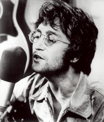 John Lennon durant l'enregistrement de Instant Karma
