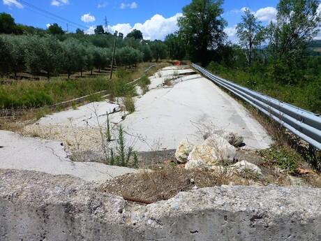 -  Regione Campania.