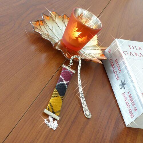 Bookmark tartan