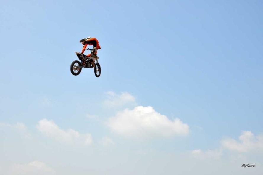 Moto-cross-PLOMION 0220 al