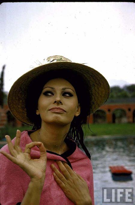 Maison & Famille de Sophia Loren Musique De Jour En Jour  Sophia Loren