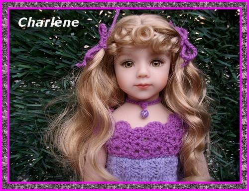 Première tenue pour Charlène !