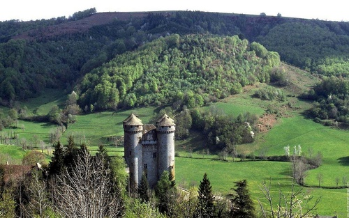 château  D' ANJONY...!!!