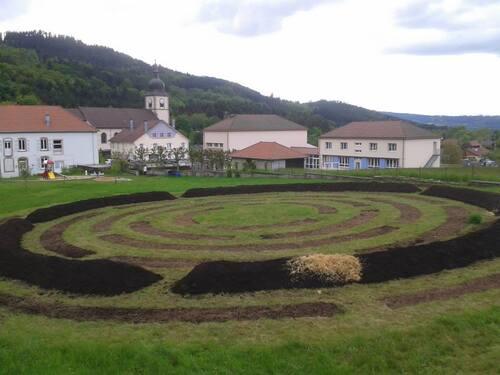 le jardin en permaculture au centre de Ban/meurthe Clefcy (mai 2013)