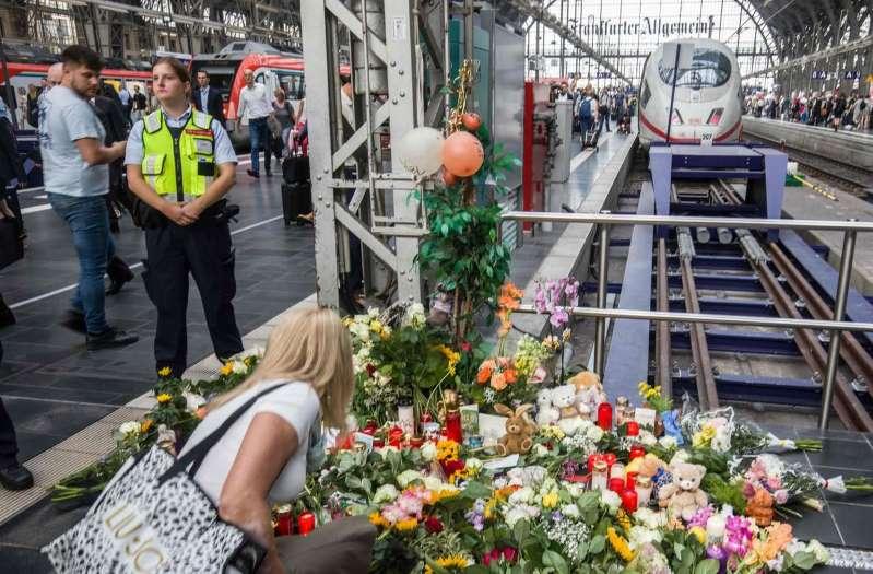 Enfant poussé sous un train en Allemagne : le suspect souffrirait de problèmes psychiatriques