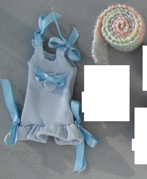 Robe Bleue à Rubans