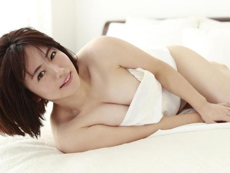 WEB Gravure : ( [FRIDAY - デジタル写真集/Digital photograph collection] - Sayaka Isoyama/磯山さやか : 「抱きしめたいッ!」 )