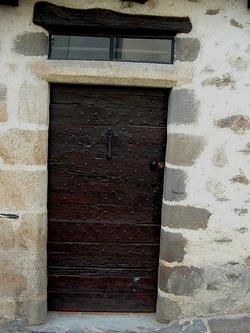 Limousin: Solignac, une balade chargée d'histoire